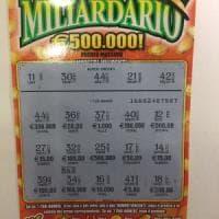 Crede di aver vinto 300 euro ma sono 300 mila: tagliando fortunato a Colleferro