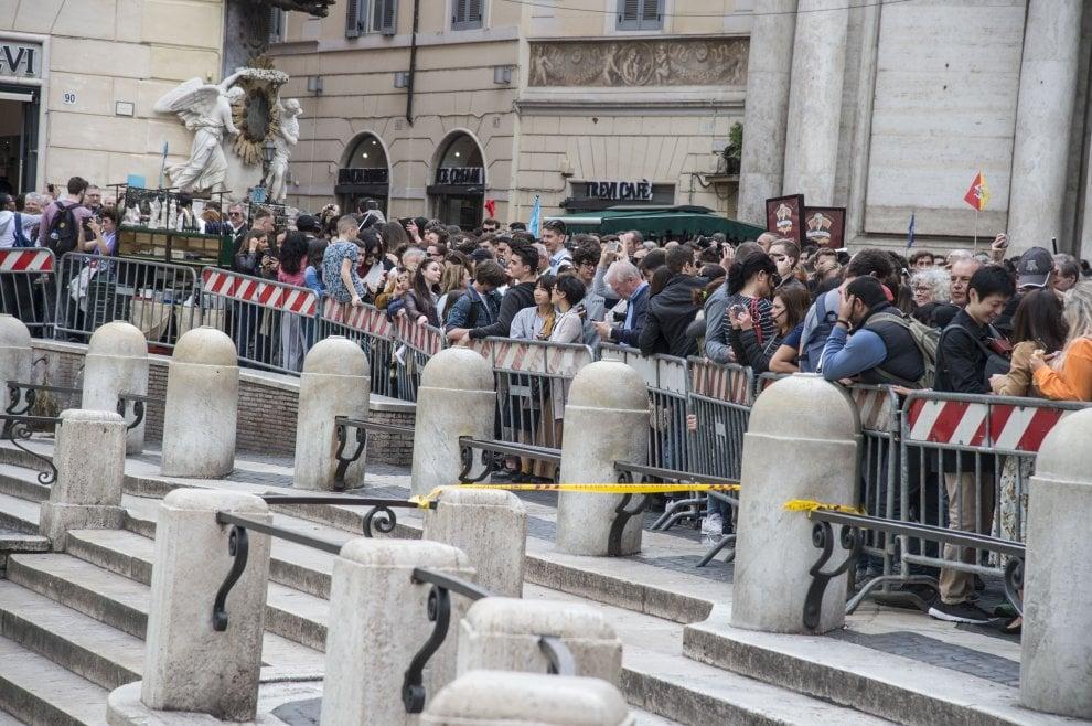 Roma-Barcellona, attesi migliaia di tifosi: transenne ai monumenti