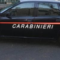 Roma, moglie picchiata e sfregiata con la lametta: arrestato