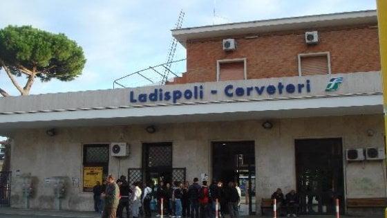 Roma, uomo  muore investito da un treno a Ladispoli