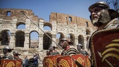 Natale di Roma, la tradizionale parata dei centurioni