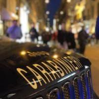 Roma, zaino schermato per rubare capi di lusso: arrestati