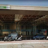 Roma, vetri rotti e gomme bucate: il car sharing elettrico di Share'nGo lascia Saxa Rubra
