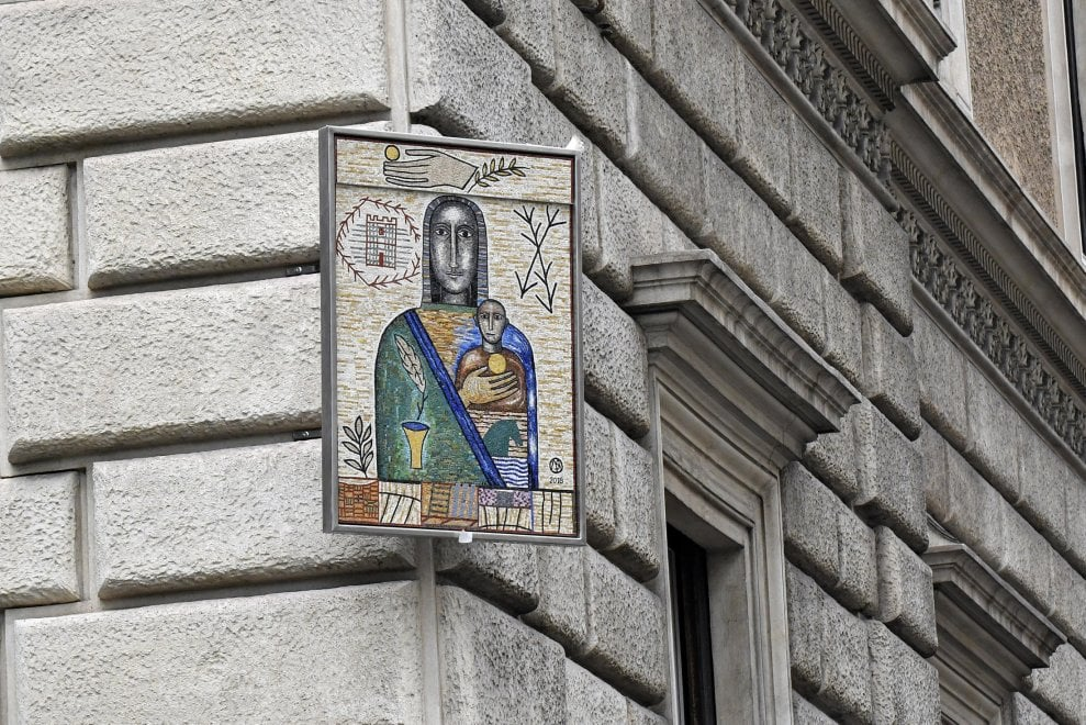 """A Roma la """"Madonna dell'Accoglienza"""" di Paladino"""