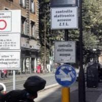 Roma, sì alla delibera per aumentare la durata della Ztl in centro: chiusura fino alle 19