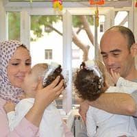 Roma, tornano a casa le gemelline siamesi separate al Bambino Gesù