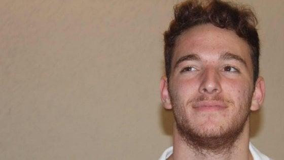 Schianto a Velletri: muore studente di 19 anni, gravissima la fidanzata