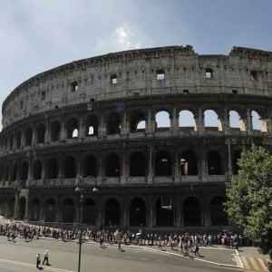 Roma, Giro d'Italia, stop alle manifestazioni e green zone