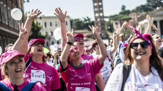 Roma, Race for the cure: 70mila di corsa al Circo Massimo contro i tumori