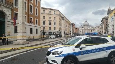 Roma, falso allarme bomba in una banca vicino a San Pietro: filiale evacuata