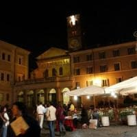 Roma, la movida di Trastevere diventa un caso europeo: in 200 alla Corte