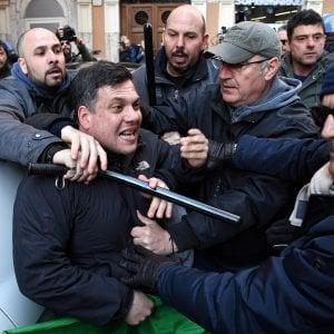 Roma, scontri anti migranti: a giudizio Castellino  leader Forza Nuova