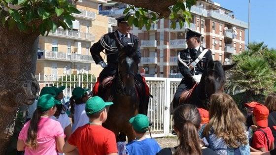 """Ostia, i carabinieri incontrano gli studenti: """"Valorizzare la legalità"""""""