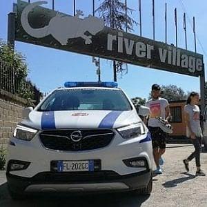 Roma, Raggi propone bonus per chi ospita rom del Camping River