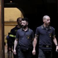 Roma, donna di 77 anni precipita nella tromba dell'ascensore: muore sul colpo