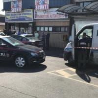 Roma, armati di fucile assaltano portavalori su via Aurelia: bottino di un milione e mezzo di euro
