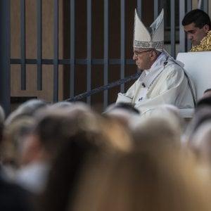 "Ostia, il papa: ""Basta omertà e prepotenze, serve legalità"""