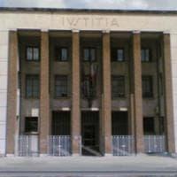 Cisterna di Latina, picchia ex compagna e la minaccia con l'acido: giudice ordina divieto avvicinamento