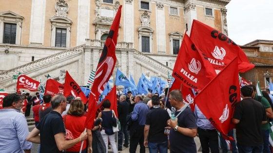 """Campidoglio, l'ira dei sindacati """"M5S immobile ora lo sciopero"""""""