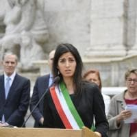 Roma, effetto Raggi nei municipi: il centrosinistra torna a vincere. La sindaca: