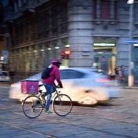 Regione Lazio, rider: approvata proposta di legge per tutelarli, è la prima