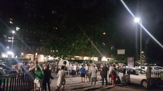 Roma, sale la tensione a Tor Sapienza: residenti contro l'occupazione rom