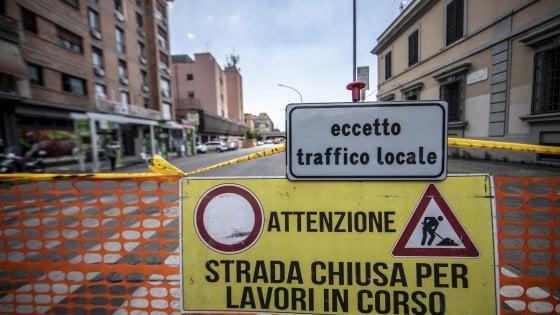 Roma, chiusa via delle Conce per 'dissesto stradale'