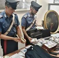 Roma, banda di truffatori sgominata dai carabinieri nell'operazione