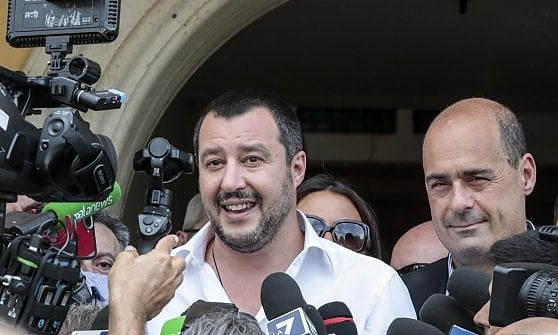 """Roma, Romanina, Salvini nella villa confiscata ai Casamonica: """"Le loro minacce non mi fanno paura"""""""