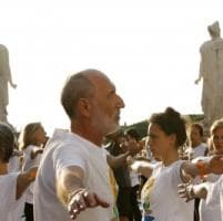 Gli yogini occupano il Campidoglio per la loro Giornata Mondiale