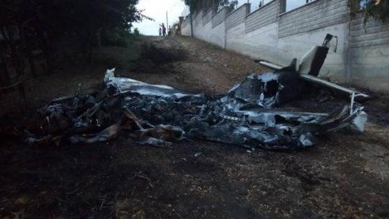 Ultraleggero precipita a Nettuno: illesi i due uomini che erano a bordo