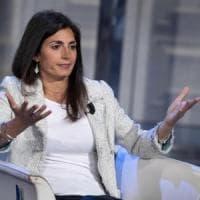 Elezioni Roma, Gira il vento pro Raggi e i 5S restano al palo