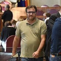 Roma, Ferrara è autosospeso ma in Città Metropolitana si presenta da capogruppo 5S