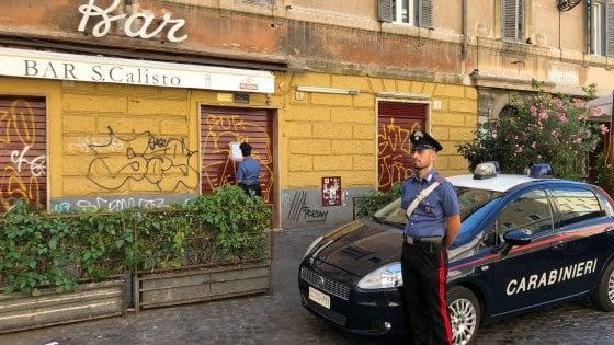 """Roma, chiude per tre giorni il bar San Calisto. """"Ritrovo di pregiudicati e disturbo della quiete pubblica"""""""