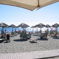 Ostia, la spiaggia dei Fasciani torna alla legalità