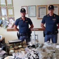 Fiumicino, scoperta base di spaccio. Sequestrati 20 kg di hashish, oltre a marijuana e cocaina