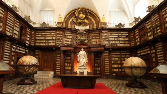 Organizzazione Interna Della Camera : Roma camera dei deputati al luglio apertura al pubblico dell