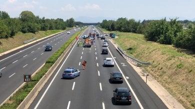 Famiglia distrutta nell'incidente sull'A1  indagato l'autista del furgone