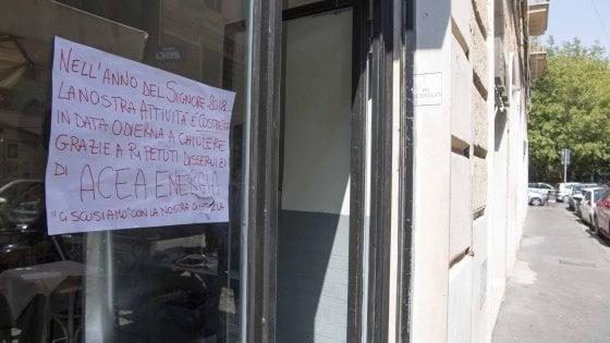 Centraline in tilt, case e negozi al buio: a Roma è emergenza black out da Garbatella ai Parioli