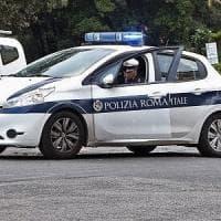 Roma, travolta e uccisa da un'auto: morta donna di 64 anni