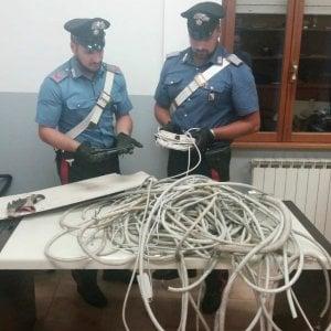 Roma, tenta la fuga dopo aver rubato 50 chili di rame a Casalotti. Arrestato