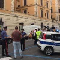 Roma, Testaccio, sequestrati 130 chili di alimenti in un supermercato Simply