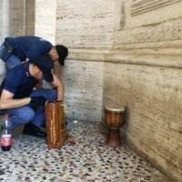 Roma, clochard ucciso a coltellate durante una lite:  arrestato connazionale