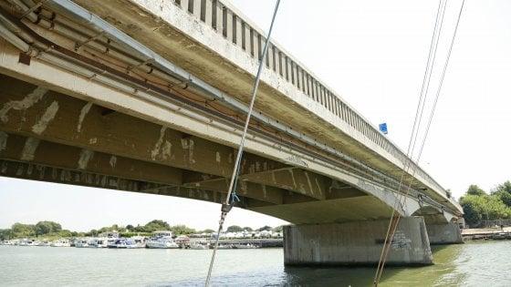 """Chiusura ponte della Scafa a Fiumicino, Montino: """"Si faccia presto, ok a passaggio ambulanze"""""""