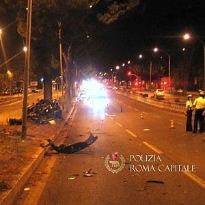 """""""Claudio Salini ucciso dalla velocità. L'auto decollò per una buca sulla Colombo"""""""