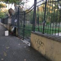 Roma, Villa Paganini chiusa a causa degli alberi pericolanti.
