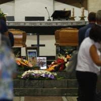 A Roma i funerali di Carlo e Valentina morti nella piena del Raganello