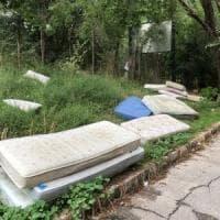 Roma, materassi green e plastica zero: le ultime trovate del Comune 5S