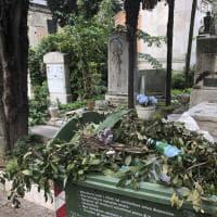 Degrado e incuria al Verano: il cimitero di Roma è terra di nessuno