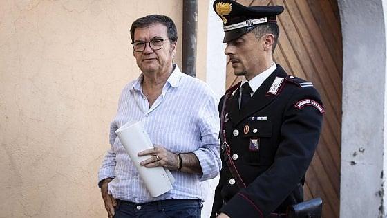 Roma, mazzette e case dal costruttore Scarpellini: arrestato sindaco di Ponzano, Enzo De Santis. Indagato anche Verdini